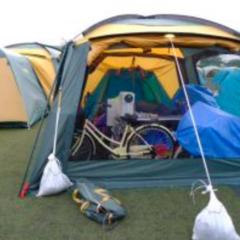 テントとスクリーンタープ