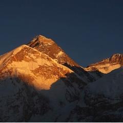 募集のお知らせ。シンポジウム「エベレスト、富士山から考える環境問題」