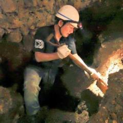 沖縄にて、遺骨収容行いました。