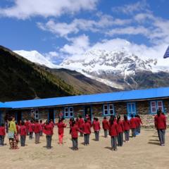 野口健twitter:サマ村の学校を訪ねる